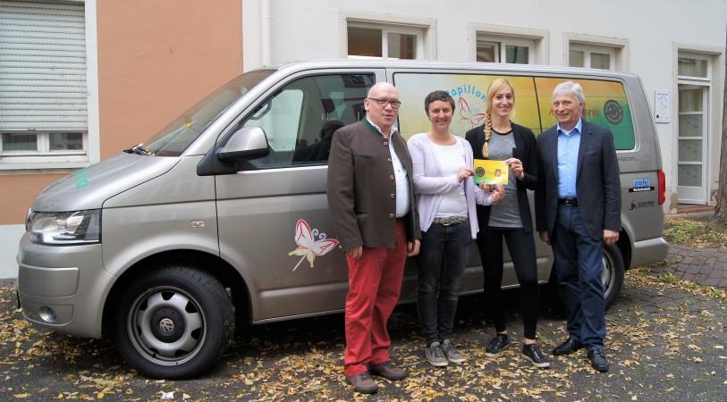 Foto: Spendenübergabe an Annas Verein e.V.